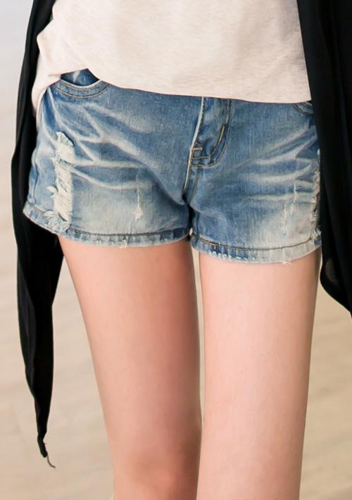蕾絲刷破單寧短褲