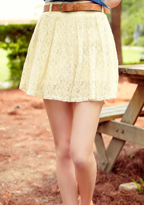 兩件式漫步佳人緹花蕾絲褲裙-附麂皮腰帶