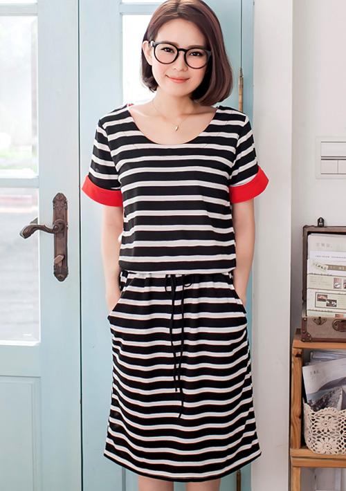 清新俏麗配色袖條紋抽繩洋裝