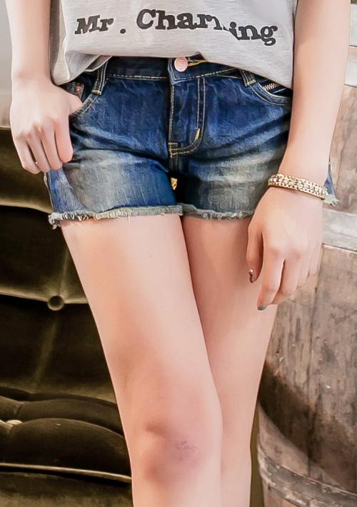 修長美腿口袋拉鏈刷色牛仔短褲S~2L