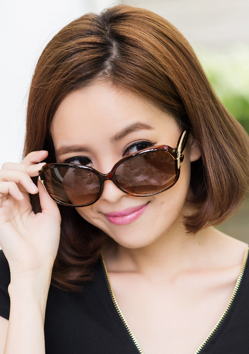 玩美搶姿流線造型太陽眼鏡