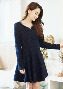 優雅菱格紋珍珠圓領洋裝