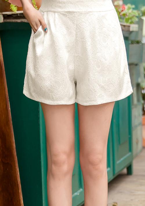 輕柔唯美蕾絲鬆緊短褲 M~L