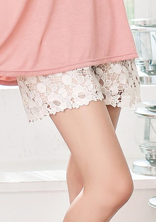 優美姿態雕花蕾絲襯褲