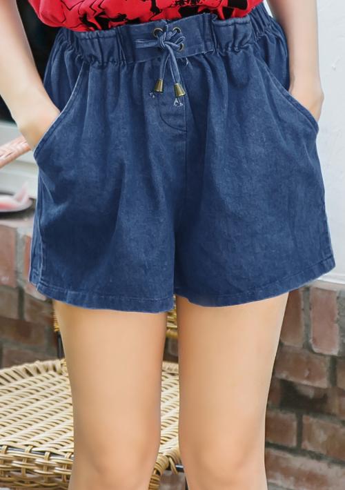 俏甜風格綁帶牛仔短褲