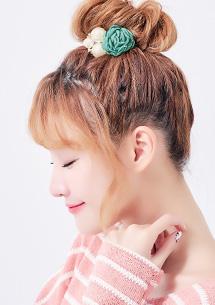 魅力花款珍珠造型髮圈