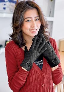優雅內絨毛菱紋觸控皮手套