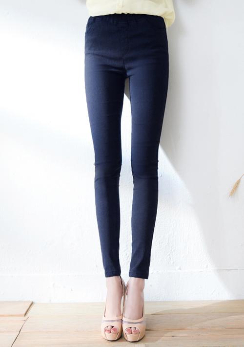 翹臀修身彈力窄管褲