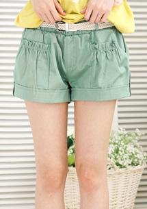 俐落設計反折短褲-附腰帶