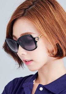 四葉草設計太陽眼鏡