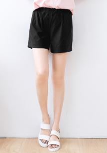 顯瘦涼感短褲-黑