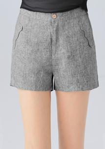輕恬女孩造型短褲