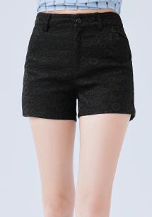 蕾絲雕花高腰短褲