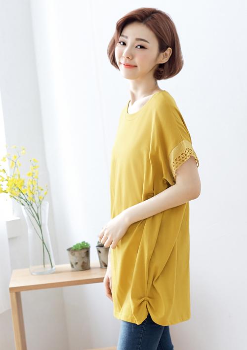 韓系雕花袖寬版上衣