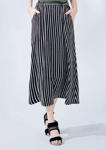 清新自得直條長裙