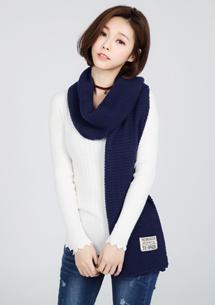 純色質感厚針織圍巾