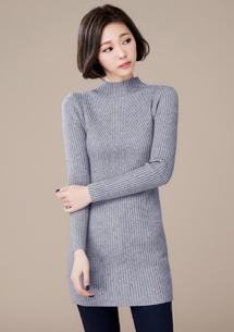 輕柔立領長版針織衫