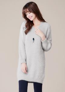 柔軟毛海V領針織洋裝