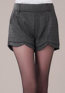 英倫風格造型毛呢短褲