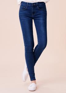 纖瘦美尻刷色窄管牛仔褲