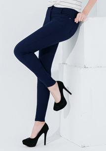 顯瘦自信彈性窄管褲