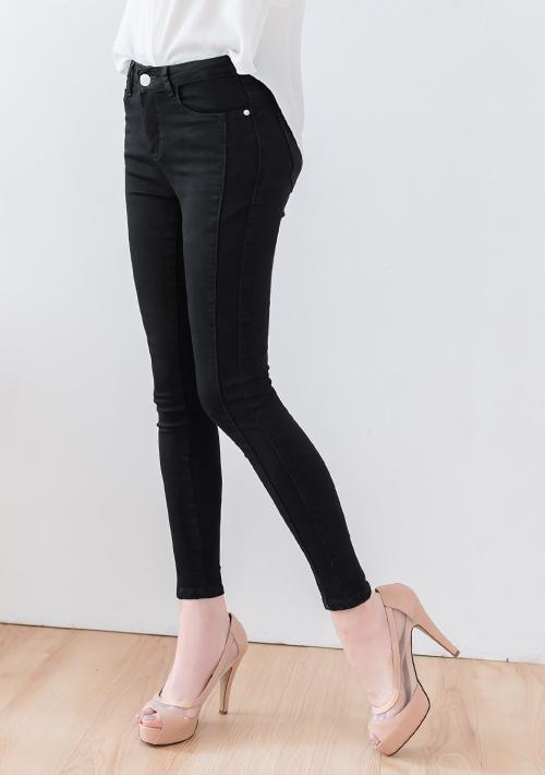 【限時$269up】顯瘦剪裁修身窄管牛仔褲