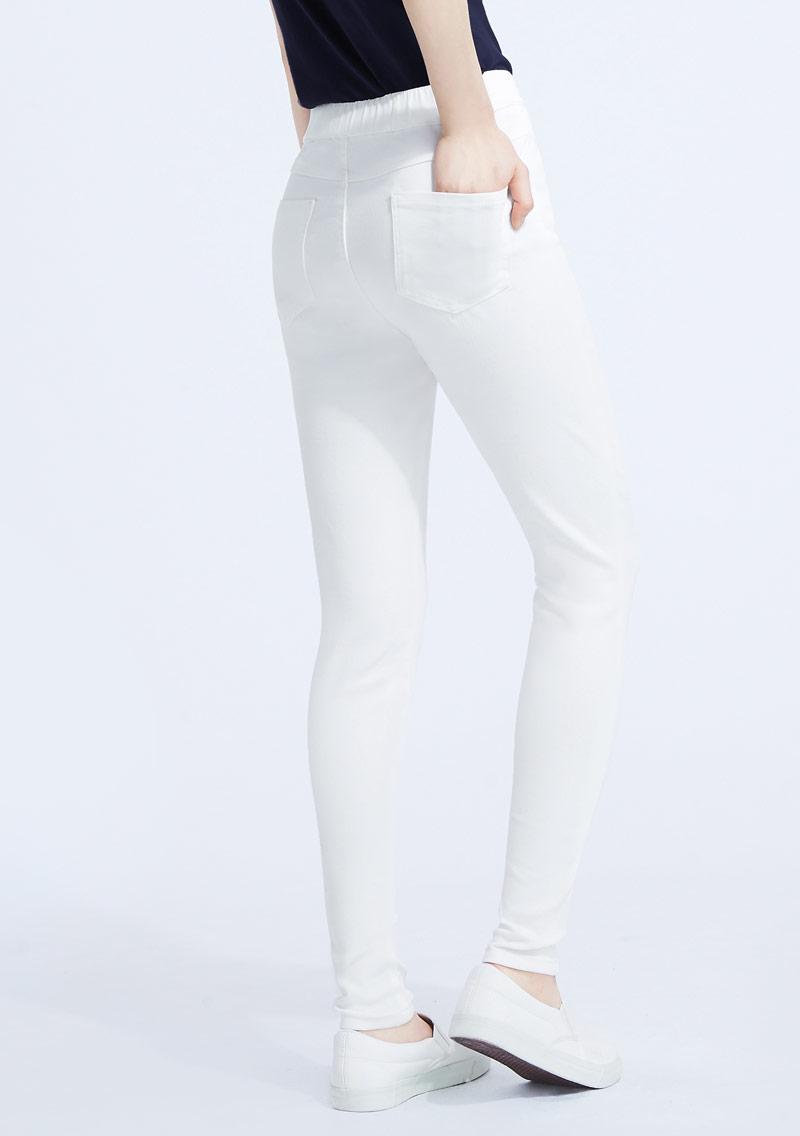 名模纖腿超彈窄管褲
