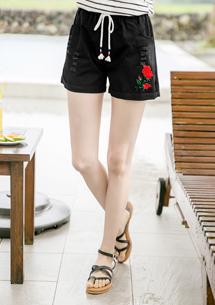 玫瑰刺繡三色線抽繩短褲