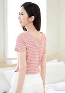 【限時$129】清新細織紋V領條紋上衣
