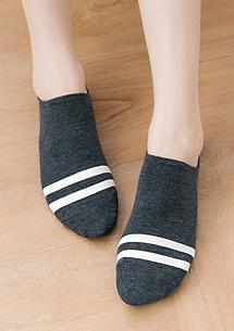 學院風矽膠防滑隱形短襪