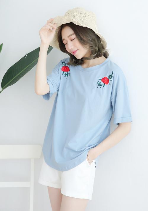 玫瑰刺繡反折袖上衣