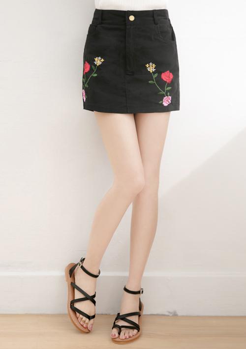 復古玫瑰花刺繡短褲裙