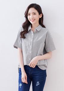 簡約條紋反折袖寬版襯衫