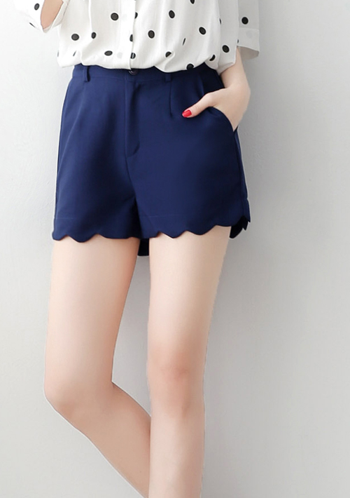氣質美型波浪邊短褲