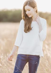 微醺春漾短版針織衫-白
