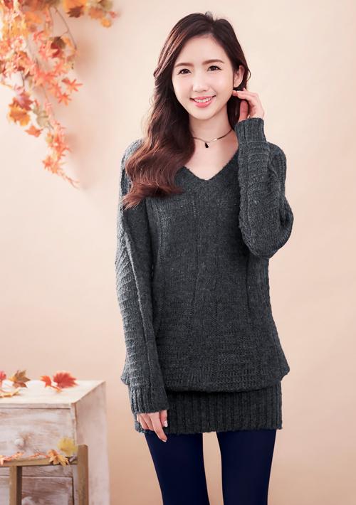 V領針織長毛衣