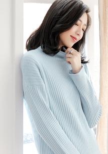 清新捲邊包芯紗針織毛衣