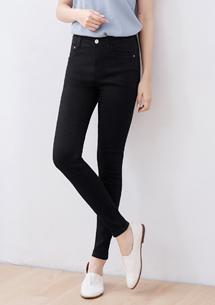 極彈舒適窄管牛仔褲-黑