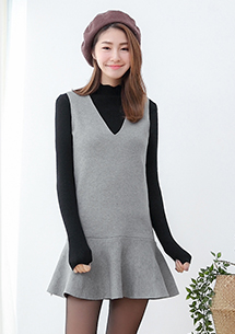 甜暖V領針織魚尾背心洋裝