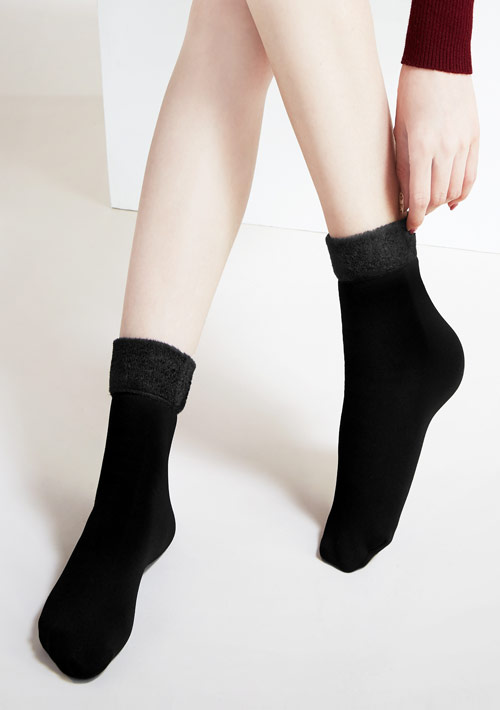 激暖雪地絨柔感短筒襪