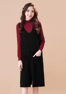 優雅開衩包芯紗針織洋裝-黑
