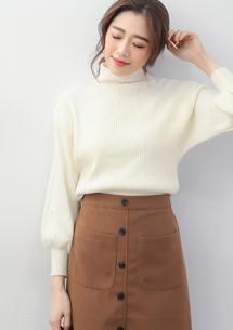 微高領坑條包芯紗針織毛衣-白