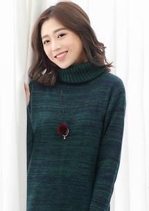 高領混色針織毛衣