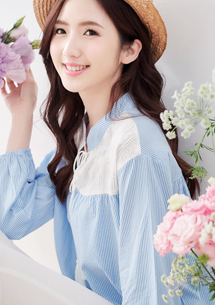 日系優雅布蕾絲條紋上衣