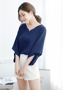 造型袖棉麻上衣