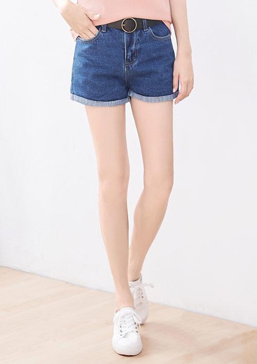牛仔短褲-附腰帶