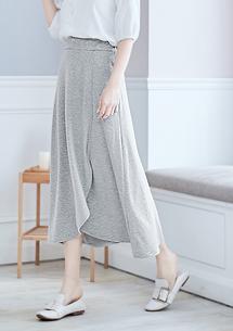 四面彈造型長裙