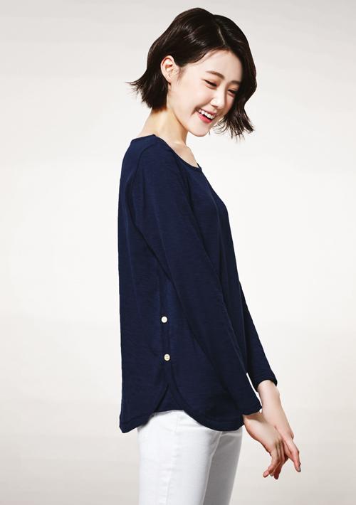 造型釦長袖竹節棉上衣