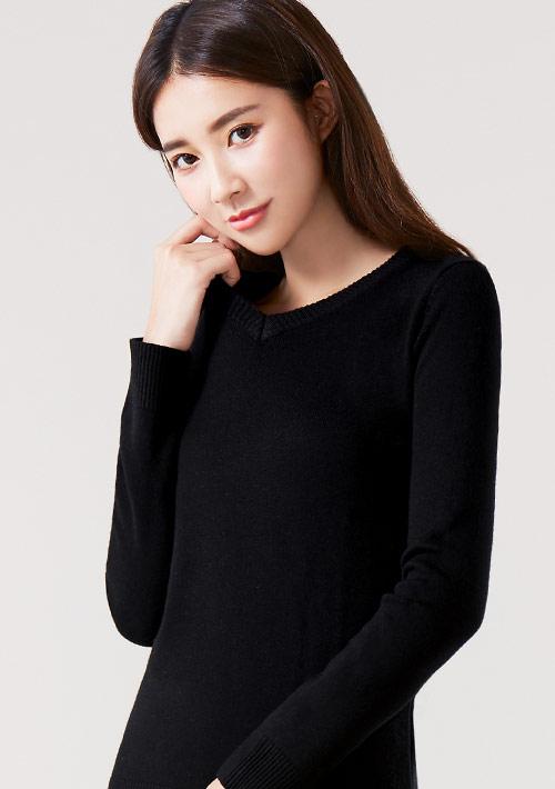 輕柔V領針織衫