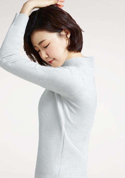 輕柔立領針織衫